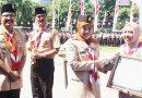 Bersihkan Pesisir, SDN Kedung Cowek I dan Tanah Kalikedinding I Surabaya Terima Penghargaan Gubernur Jatim