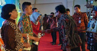 Penghargaan Lomba Hidroponik SD Surabaya 2019 Diserahkan
