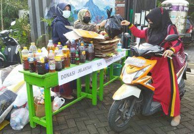 SDN Rungkut Menanggal I Konsisten Olah Sampah Organik Pasca Panen 1 Ton Kompos