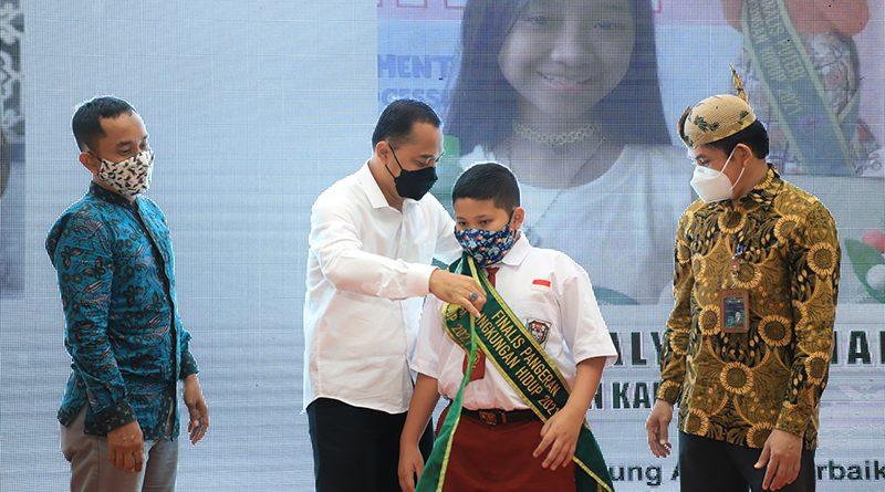 Wali Kota Eri Pimpin Awarding Pangeran & Puteri Lingkungan Hidup 2021