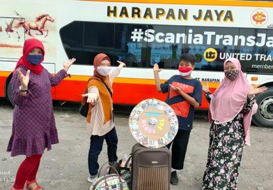 Ditolak Naik Kereta Api Hadiri Talk Show De Hakims Net TV, Galang ke Bekasi Naik Bus